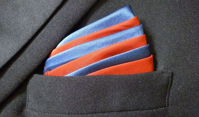 Match Pocket Squares With A Suit