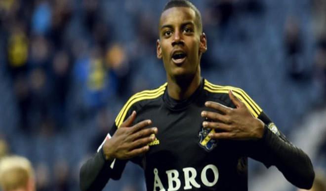 Isak Becomes Sweden's Youngest Scorer