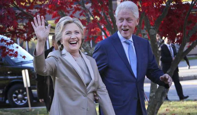 Hillary To Author A Book Of Essays