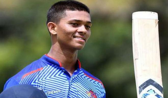 17 YO's Journey From Panipuri Seller To IPL Millionaire