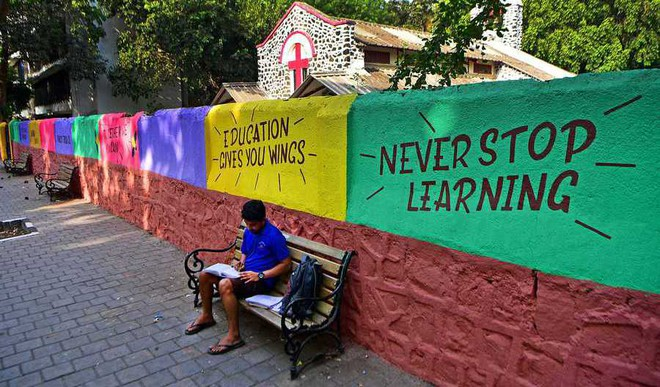How This Mumbai Lane Doubles As A Study Space