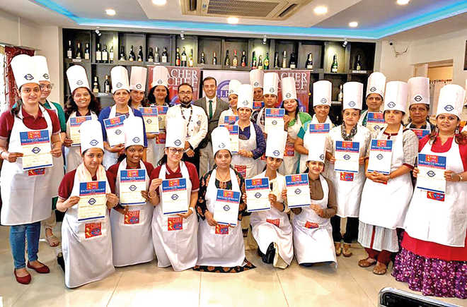 45 Schools Participate In IIHM Teacher Chef Competition